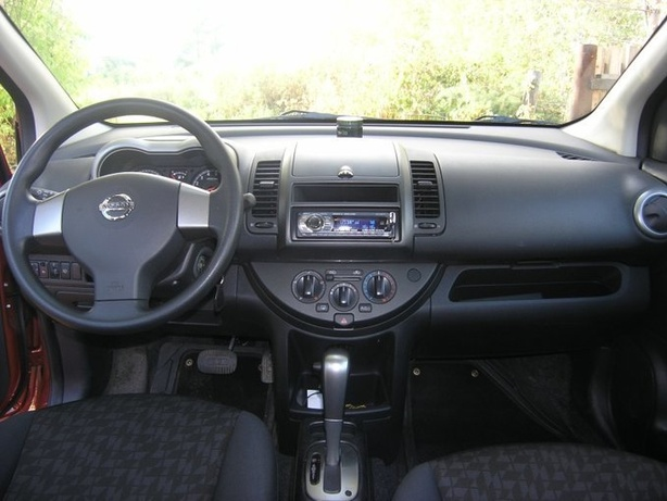 Аренда Nissan Note 1.5 AT в Тбилиси (Грузия)