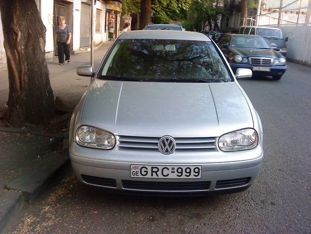 Прокат Volkswagen Golf 2.0 AT в Тбилиси (Грузия)
