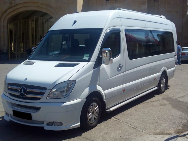 Прокат Mercedes Benz Sprinter в Тбилиси (Грузия)